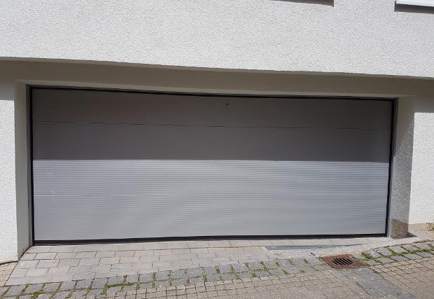 garagentor sektionaltor typ 40 garagentor elektrisch kaufen reutlingen ludwigsburg. Black Bedroom Furniture Sets. Home Design Ideas